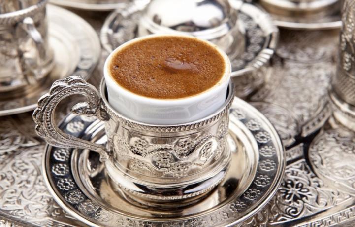 Dibek Kahvesi Nedir? Dibek Kahvesi Nasıl Pişirilir?