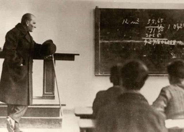 Öğretmenler Günü Nedir? Öğretmenler Günü İlk Ne Zaman Kutlanmıştır?