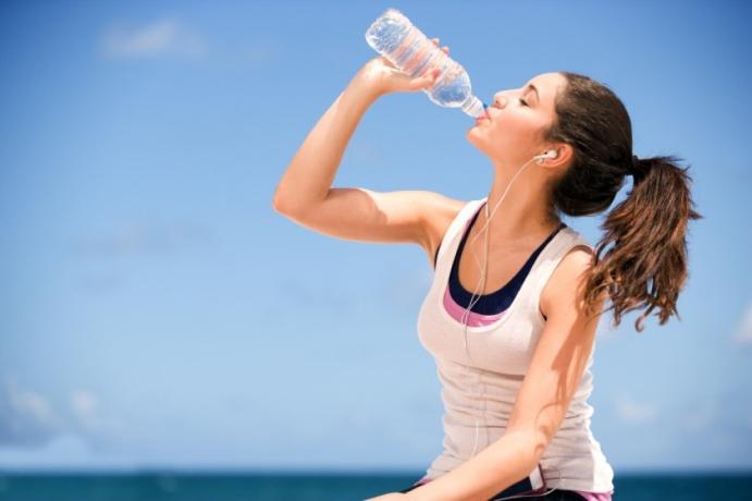 Suyu şişeden içmenin zararı var mıdır?