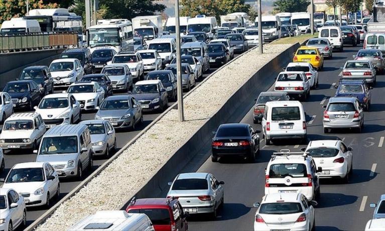 Türkiye'deki Araç Sayısı Ne Kadar? Renkleri ve Yakıtları Ne?